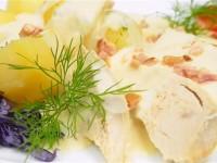 Filet z indyka w sosie czosnkowo-śmietanowym